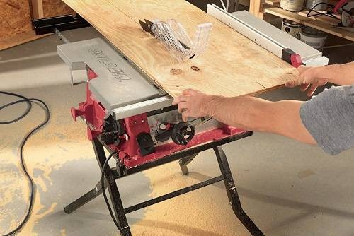 SKIL 3410-02 Table Saw with Folding Stand